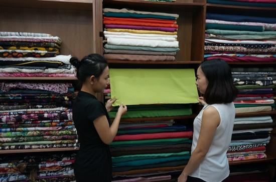 Hướng dẫn chọn khổ vải để may quần áo