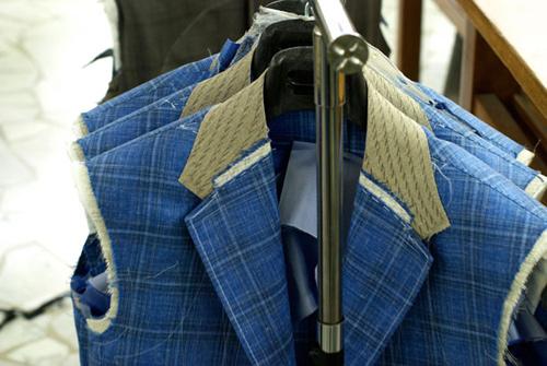 Hướng dẫn tra tay áo vest
