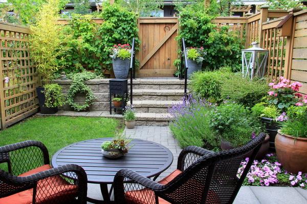 Mẹo làm vườn cho nhà thêm nổi bật