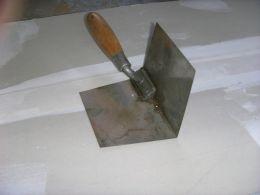 Cách dán băng và bả bột cho tường, trần thạch cao