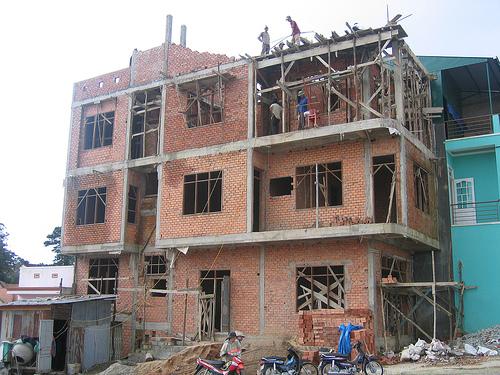 Khắc phục những sự cố thường xảy ra khi xây phần thô