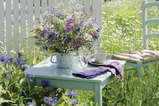 Cách trang trí sân vườn tạo mùa thu