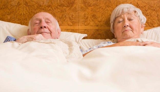 Mách bạn cách sử dụng điều hòa cho người già, trẻ nhỏ và bà bầu