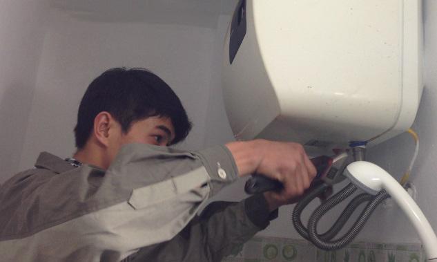 Cách khắc phục vòi hoa sen cấp nước nóng không đều hiệu quả