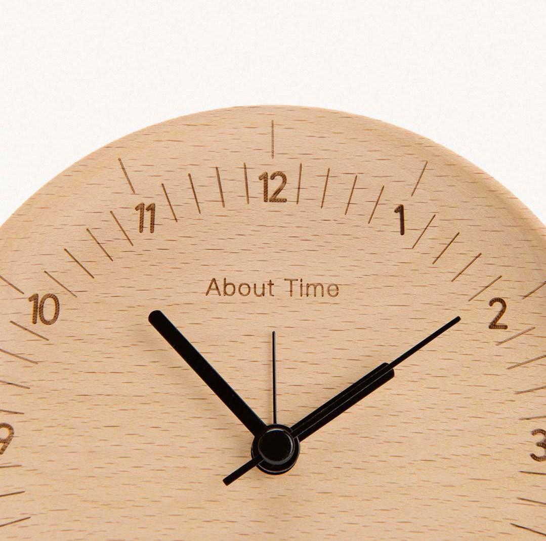 Bật mí cách chọn mua đồng hồ gỗ trang trí nhà