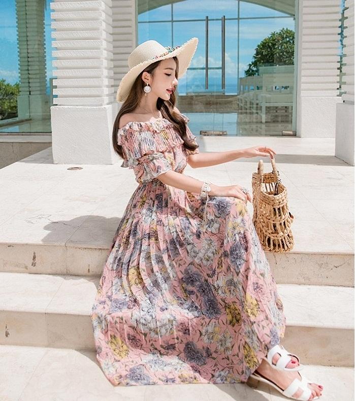 Đầm Maxi chào hè cháy hàng với phong cách nổi bật và gợi cảm - 1