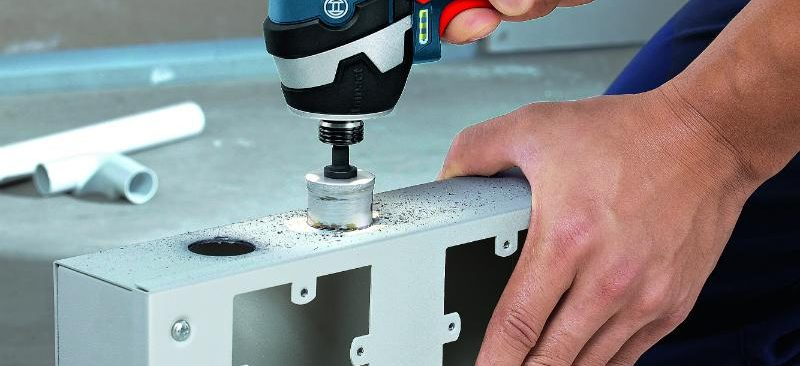 Cách sử dụng máy khoan pin hiệu quả và một số lưu ý khi vận hành máy