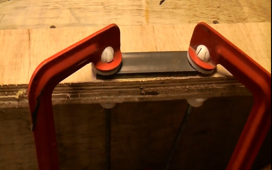 Kinh nghiệm khoan sắt đúng kỹ thuật cho mũi khoan đẹp đảm bảo an toàn